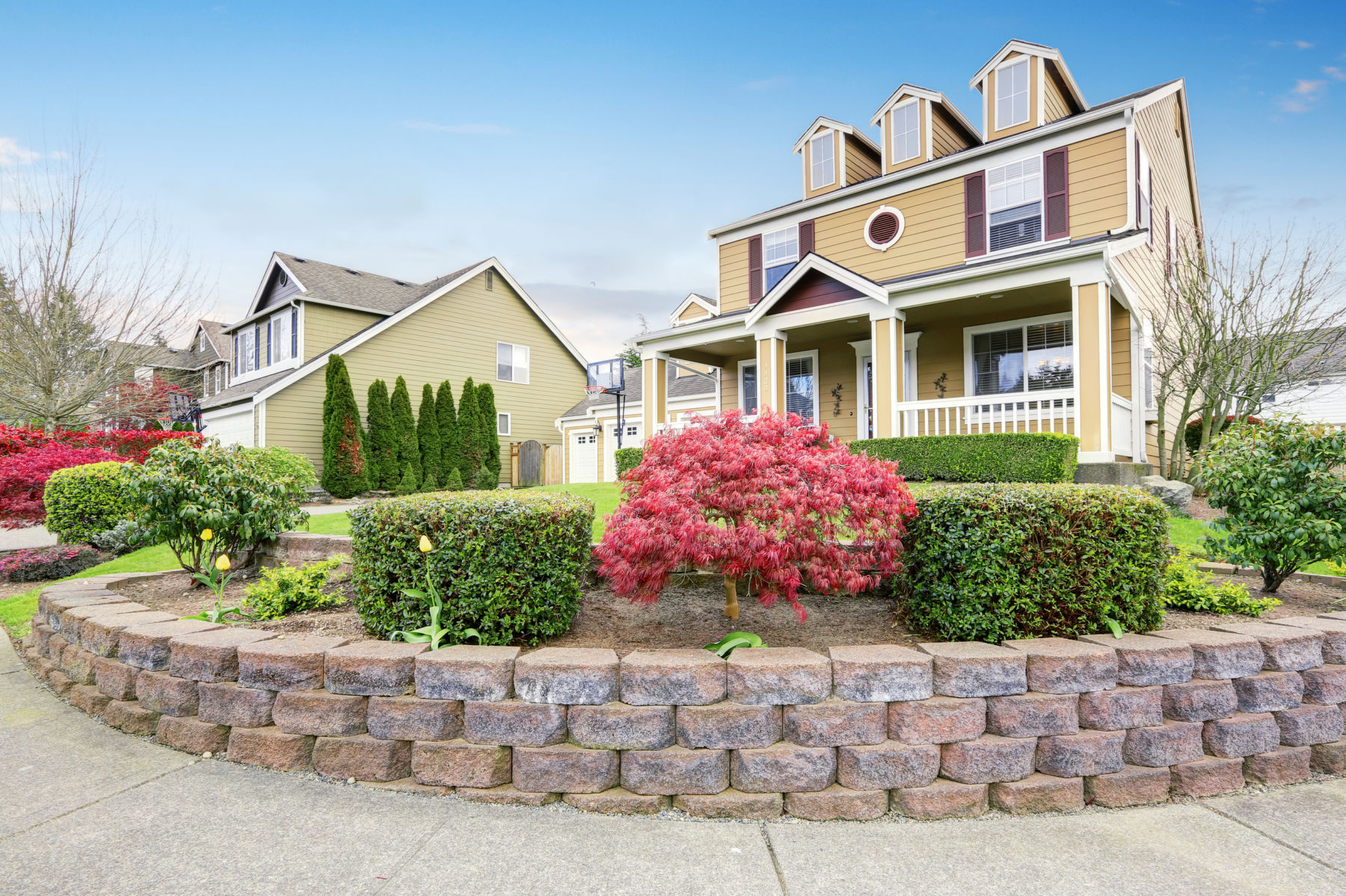 3 Low-Cost Tips to Increase your Home's Curb Appeal